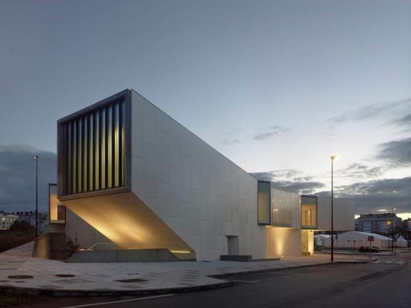 Image Courtesy © Oscar Pedros Architects