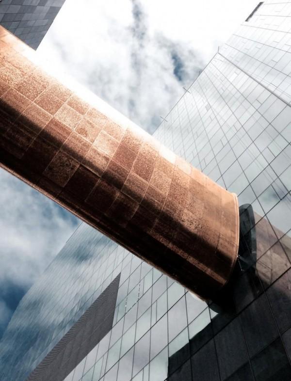 Copper-clad skybridge over Sanguinet Street, Image Courtesy © CannonDesign + NEUF architect(e)s