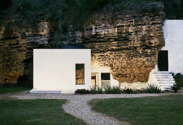 Alojamiento Rural en Casa Cueva in Córdoba, España by UMMO