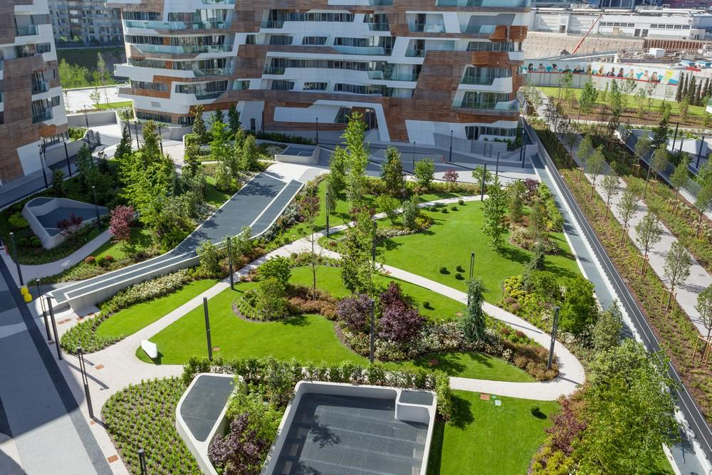 Penthouse one 11 in milan italy by zaha hadid architects for Garden designer milano