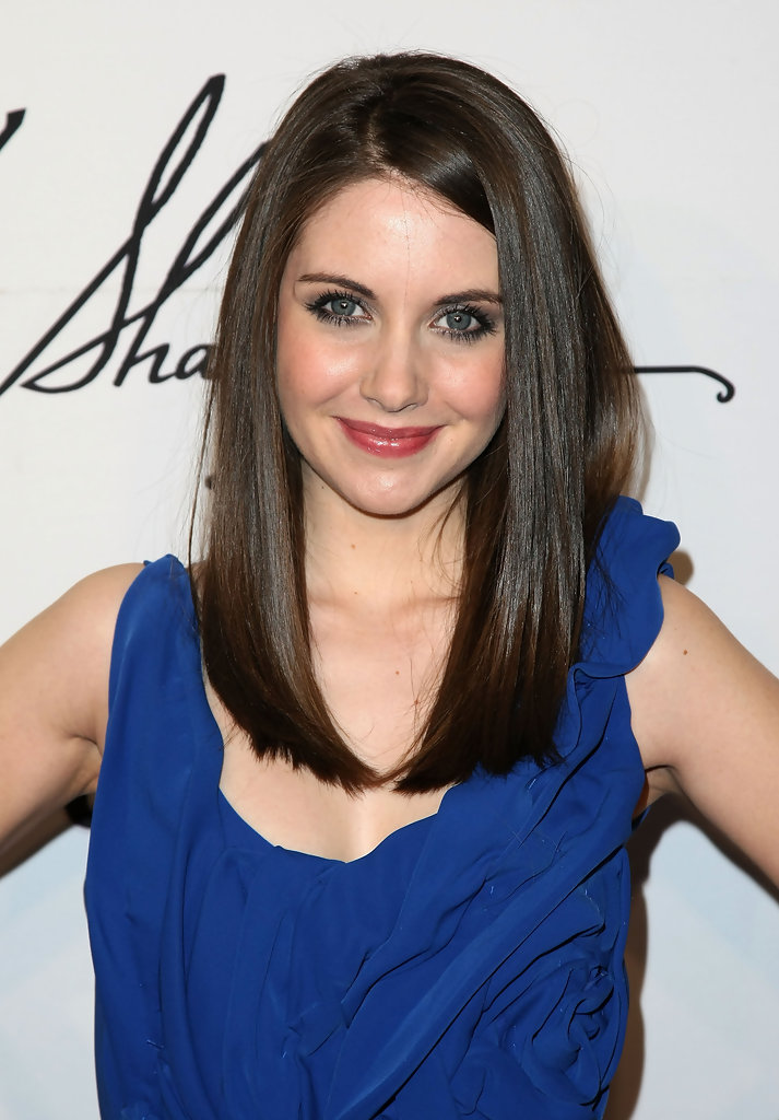 Alison Brie Long Straight Cut Alison Brie Hair Looks