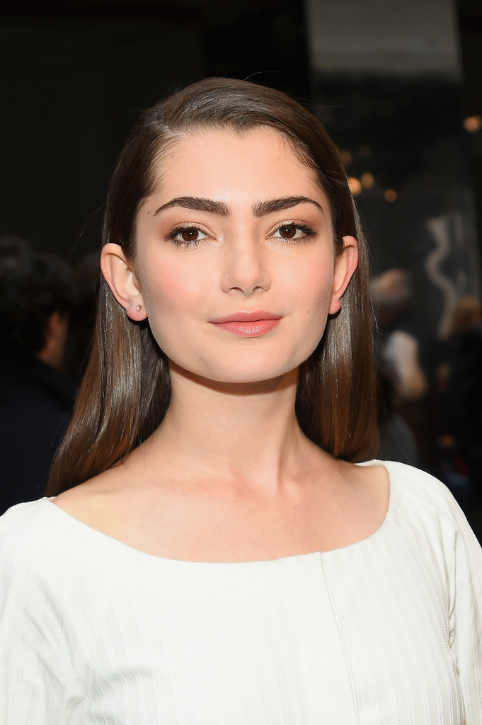 Emily Robinson Long Straight Cut Long Hairstyles
