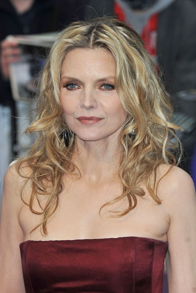 Michelle Pfeiffer Long Curls Michelle Pfeiffer Looks
