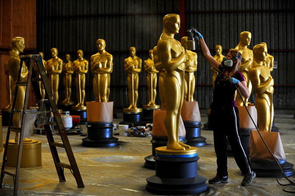 https://i2.wp.com/www2.pictures.zimbio.com/gi/Academy+Motion+Picture+Arts+Sciences+Oscar+jiwaTe-khOEl.jpg