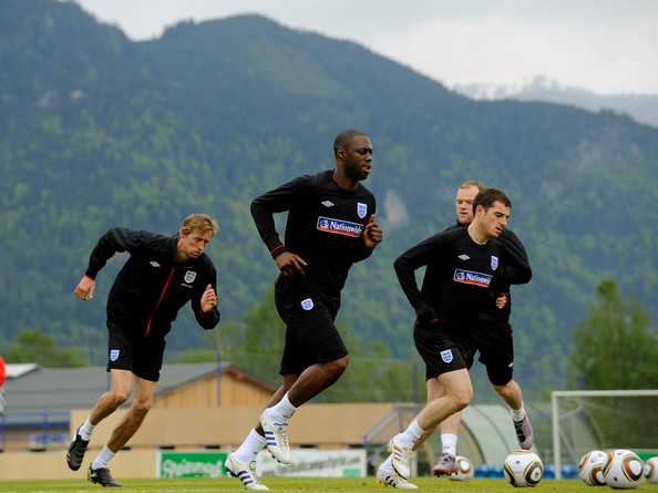 https://i2.wp.com/www2.pictures.zimbio.com/gi/England+Open+Training+Day+lqvQ7tPgU1Hl.jpg?w=640