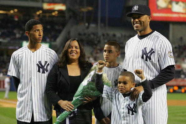 Mariano Rivera, wife Clara, sons Mariano Jr, Jafet, and Jaziel pose before the game against the Kansas City Royals on September 29, 2009 at Yankee Stadium in the Bronx borough of New York City.