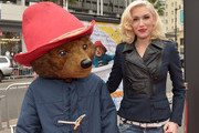 "Singer Gwen Stefani and ""Paddington"" arrive on the red carpet for the premiere of TWC-Dimension's ""Paddington"" at TCL Chinese Theatre IMAX on January 10, 2015 in Hollywood, California."
