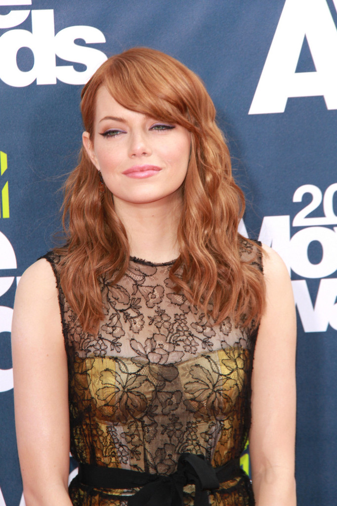Emma Stone Hottest Fake Red Head Ever At MTV Movie