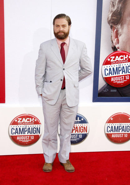 What dress access in Zach Galifianakis actually wearing ...