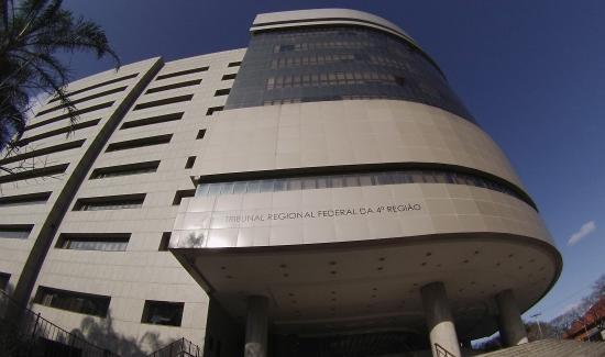 Fachada do prédio do TRF4, em Porto Alegre