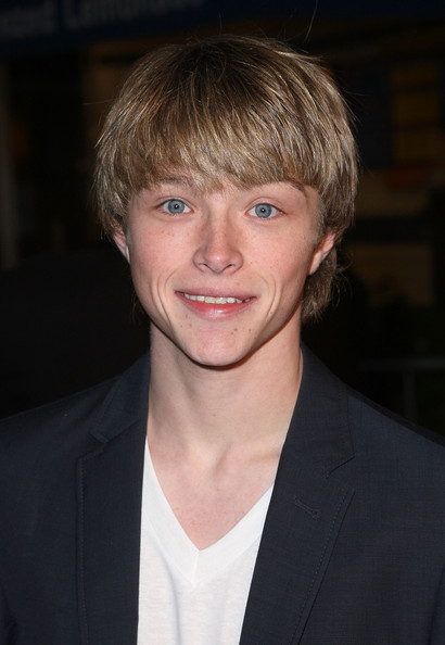 Sterling Knight arrives at the premiere Universal's 'Fast & Furious' held at Universal CityWalk Theaters on March 12, 2009 in Universal City, California.  (Photo by Jason Merritt/Getty Images) *** Local Caption *** Sterling Knight