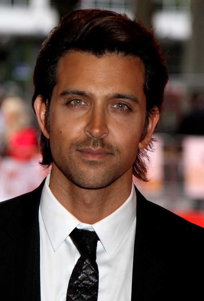Hrithik Roshan Medium Layered Cut Hrithik Roshan Looks