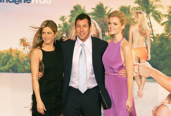 "Adam Sandler Jennifer Aniston, Adam Sandler and Brooklyn Decker arrive at the ""Just Go With It"" Germany premiere in Berlin."