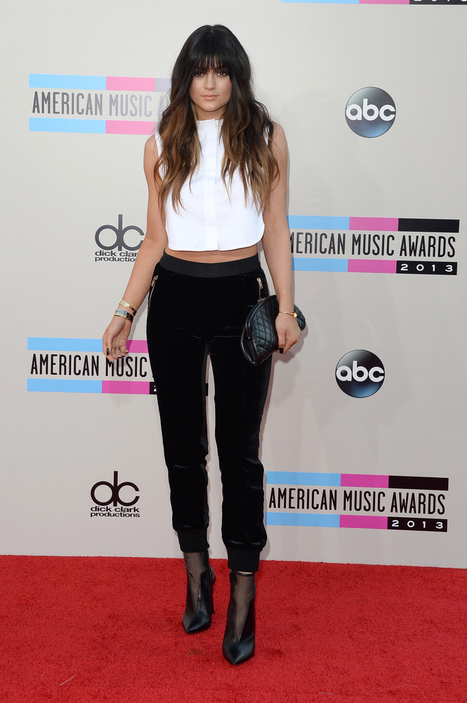 https://i2.wp.com/www3.pictures.zimbio.com/gi/2013+American+Music+Awards+Arrivals+9VVeyk3yWcQx.jpg