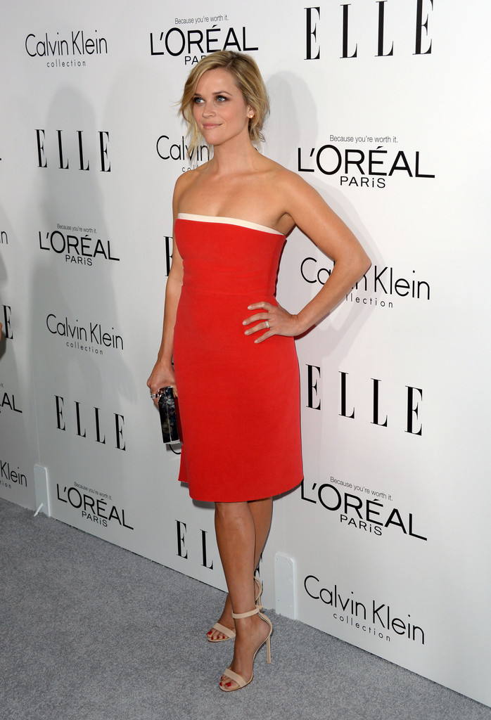 https://i2.wp.com/www3.pictures.zimbio.com/gi/ELLE+20th+Annual+Women+Hollywood+Celebration+0ZHGUzy1y5Qx.jpg?resize=698%2C1024