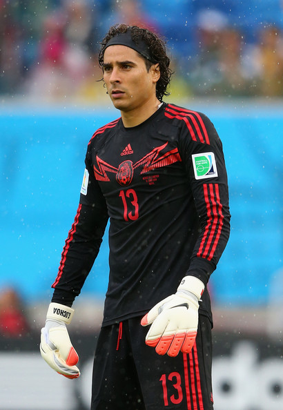 Guillermo Ochoa - Mexico v Cameroon: Group A