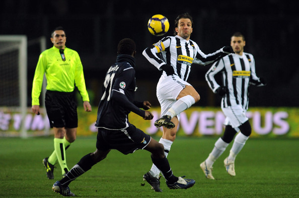 Alessandro Del Piero of Juventus FC competes for the ball with Mobido Diakite of SS Lazio during the Serie A match between Juventus FC and SS Lazio at Stadio Olimpico di Torino on January 31, 2010 in Turin, Italy.