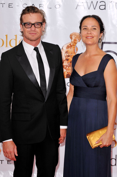 Simon Baker Biography, wife, married, movies, Award
