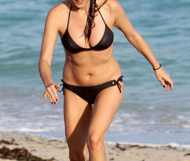 Kate Walsh On The Beach In Miami