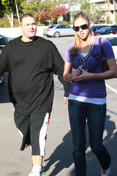 Victoria Prince in Kevin Federline & New Girlfriend Getting Lunch