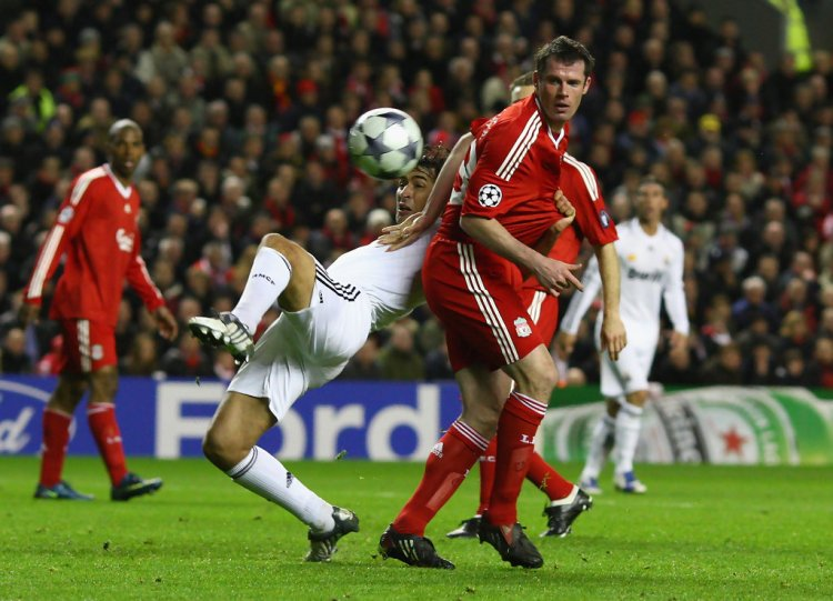 Raul in Liverpool v Real Madrid - UEFA Champions League ...
