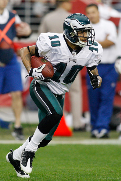 Desean Jackson Wide receiver DeSean Jackson #10 of the Philadelphia Eagles runs with the ball against the Arizona Cardinals during the NFC championship game on January 18, 2009 at University of Phoenix Stadium in Glendale, Arizona.  (Photo by Chris Graythen/Getty Images) *** Local Caption *** DeSean Jackson