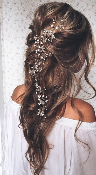 wedding hair ideas for brides who don t want an updo