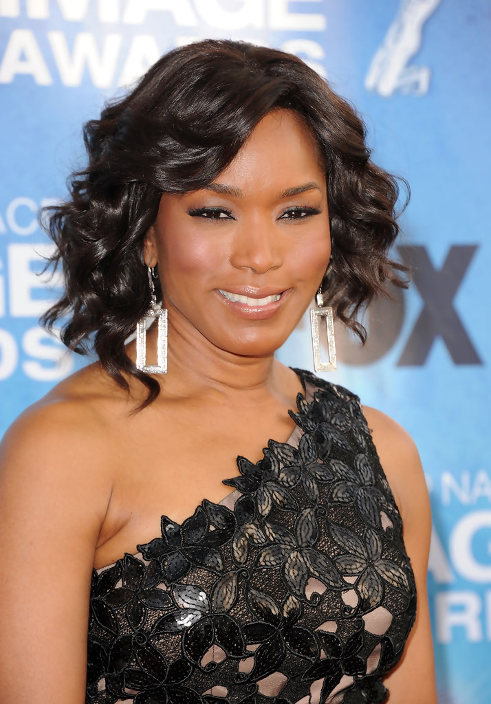 Angela Bassett Dangling Diamond Earrings Angela Bassett