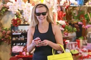 """Wild"" star Reese Witherspoon is all smiles as she goes to a ballet class in West Hollywood, California on February 14, 2015. A poll of Americans has picked Reese take home the best actress Oscar this year, though most pundits believe Julianne Moore is the favorite to win."