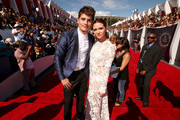 Actors Gregg Sulkin (L) and Katie Stevens attend the 2014 MTV Video Music Awards at The Forum on August 24, 2014 in Inglewood, California.