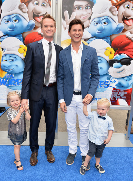 "Harper Grace Burtka-Harris - Premiere Of Columbia Pictures' ""Smurfs 2"" - Red Carpet"
