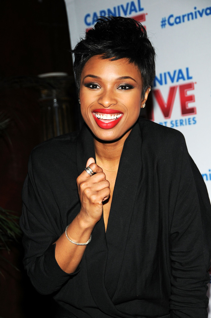 jennifer hudson black jumpsuit