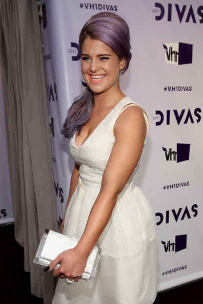 """Television personality Kelly Osbourne attends """"VH1 Divas"""" 2012 at The Shrine Auditorium on December 16, 2012 in Los Angeles, California."""