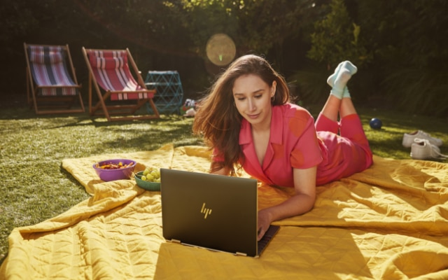 HP Launched Spectre x360 14 with Thunderbolt 4 and Intel Iris Xe Graphics