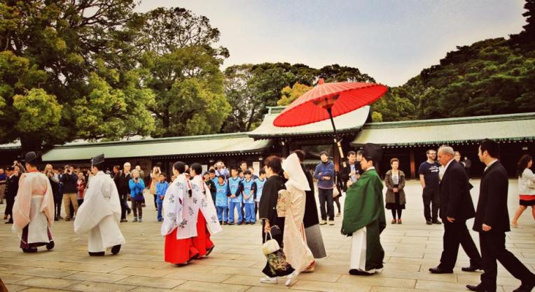 Nunta traditionala la Meiji Shrine