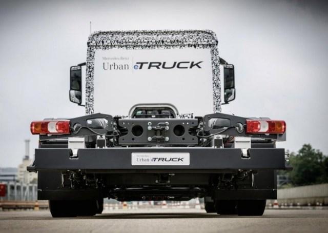 Trasera del camión. Foto: Mercedes-Benz