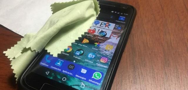 Limpiar pantalla del smartphone