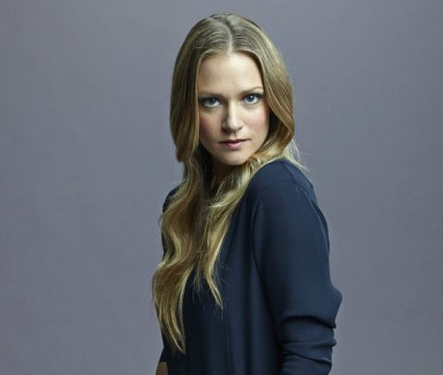 5 Things You Didnt Know About A J Cook Of Criminal Minds