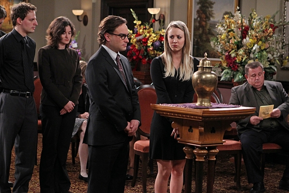 """Penny's first funeral in """"The Proton Transmogrification"""" S7 E22"""