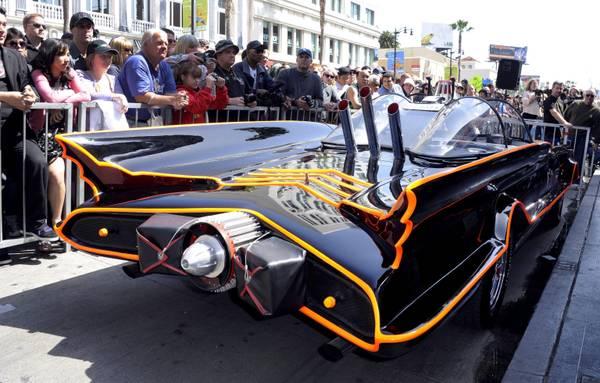 La Batmobile e' in vendita, sara' all'asta nel 2013