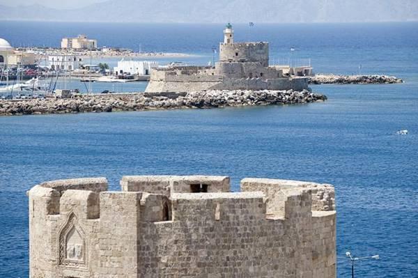 Il Mediterraneo al top per le crociere d'inverno (Foto: Rodi - MSC Crociere)