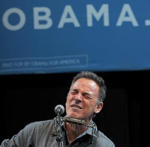 Bruce Springsteen sostiene Obama