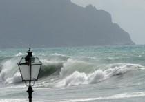 Il maltempo sulla costa ligure, in una foto d'archivio