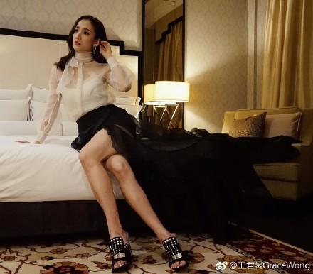 【TVB禁色令】《性在有情》性上癮王君馨要被剪走? - 香港新浪