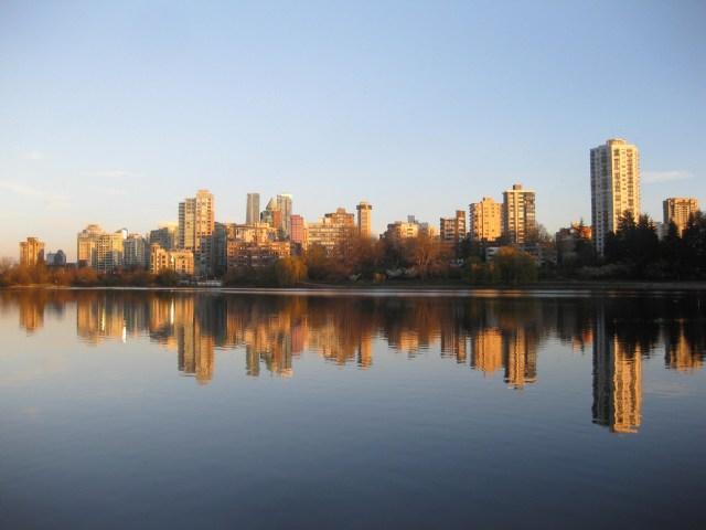 The still city breathing at dusk. wyldeandfree.com creativity