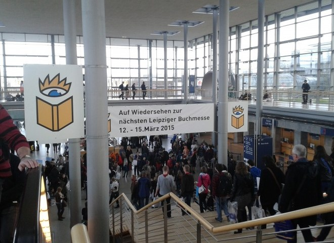 Die letzte Rettung der Literatur: Selbstverlage und Bettmonster — Die Leipziger Buchmesse
