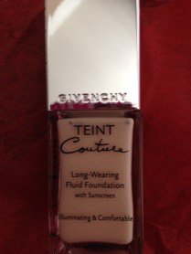 Teint Couture wiwth sunscreen