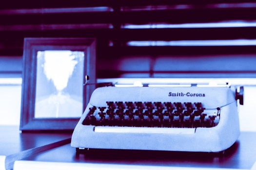The same photo from that post of my typewriter that I love.