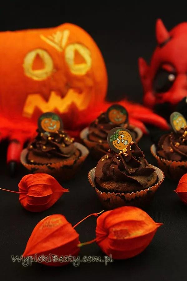 czekoladowe babeczki halloweenowe1