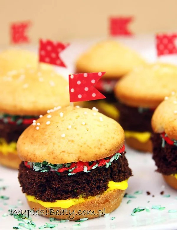 babeczki hamburgery3